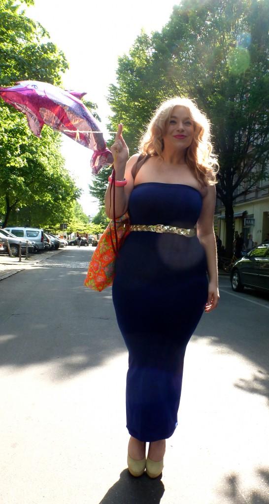 Kidneykaren-Plus-size-Model-Caterina-Pogorzelski-Megabambi