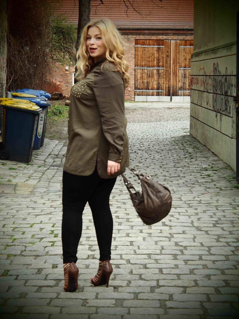 Megabambi-plussize-curvy-blogger-caterina-pogorzelski