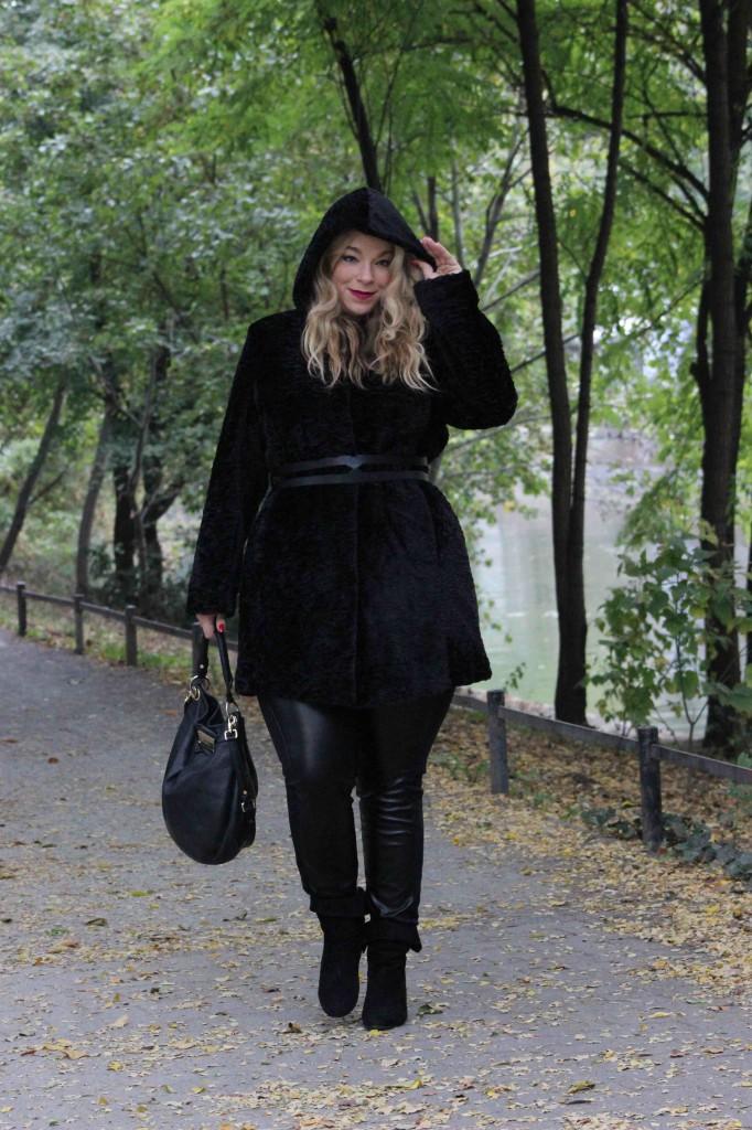 megabambi-caterina-Pogorzelski-Winter-Outoft-curvy-Deutschland-Bloggerin-berlin-Megabambi