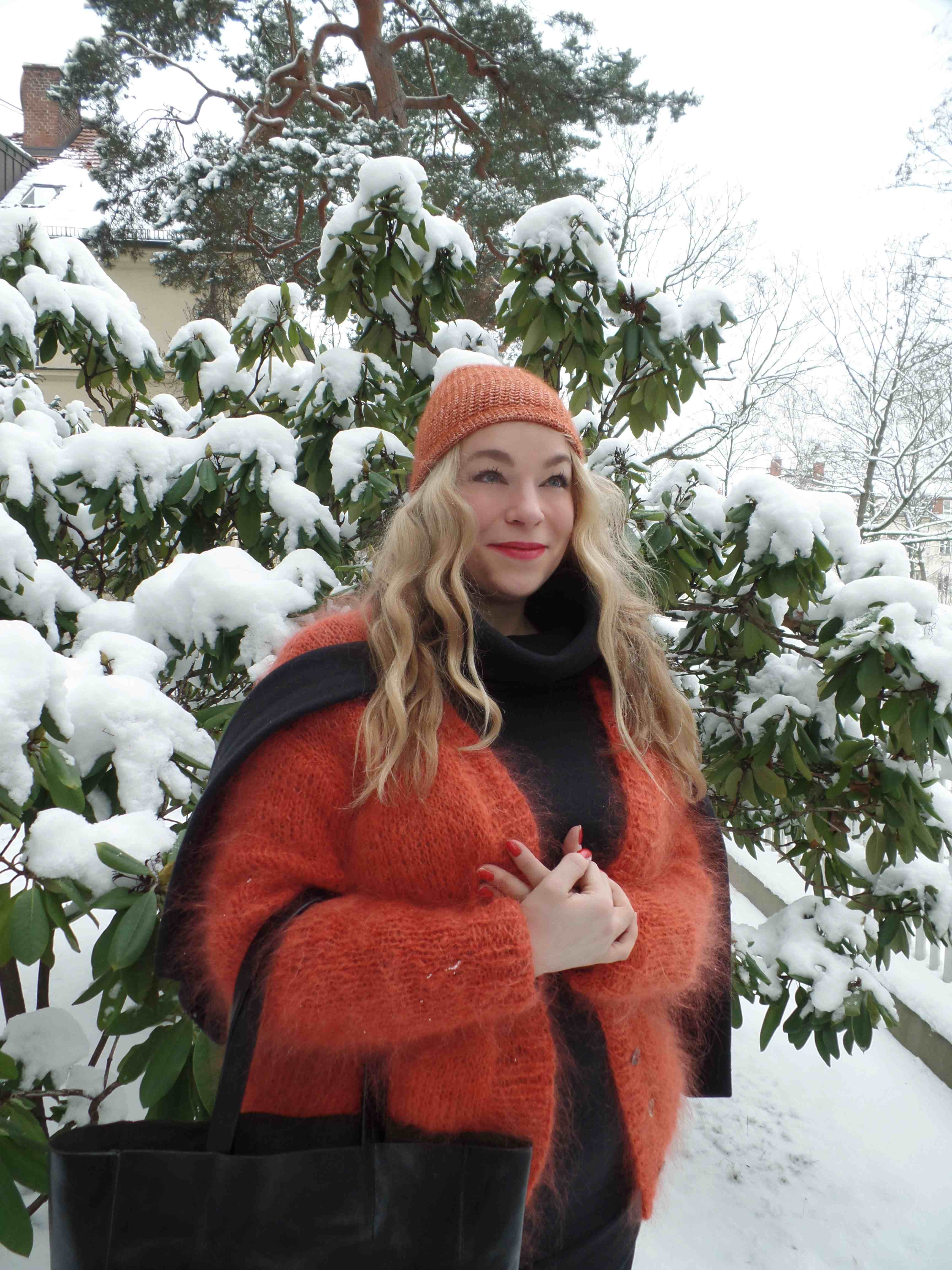 caterina-pogorzelski-Outfit-Blogger- Berlin- Plussize- Curvy-megabambi