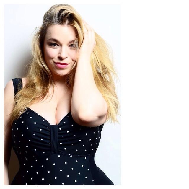 Modeln-Megabambi-Caterina-pogorzelski-curvy-fit-Plussizeblogger