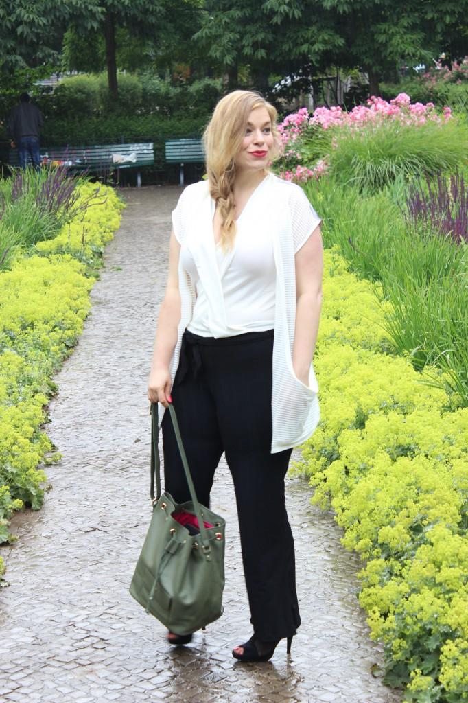 megabambi-caterina-pogorzelski-Plussize-curvy-Blog-Outfit-Mode