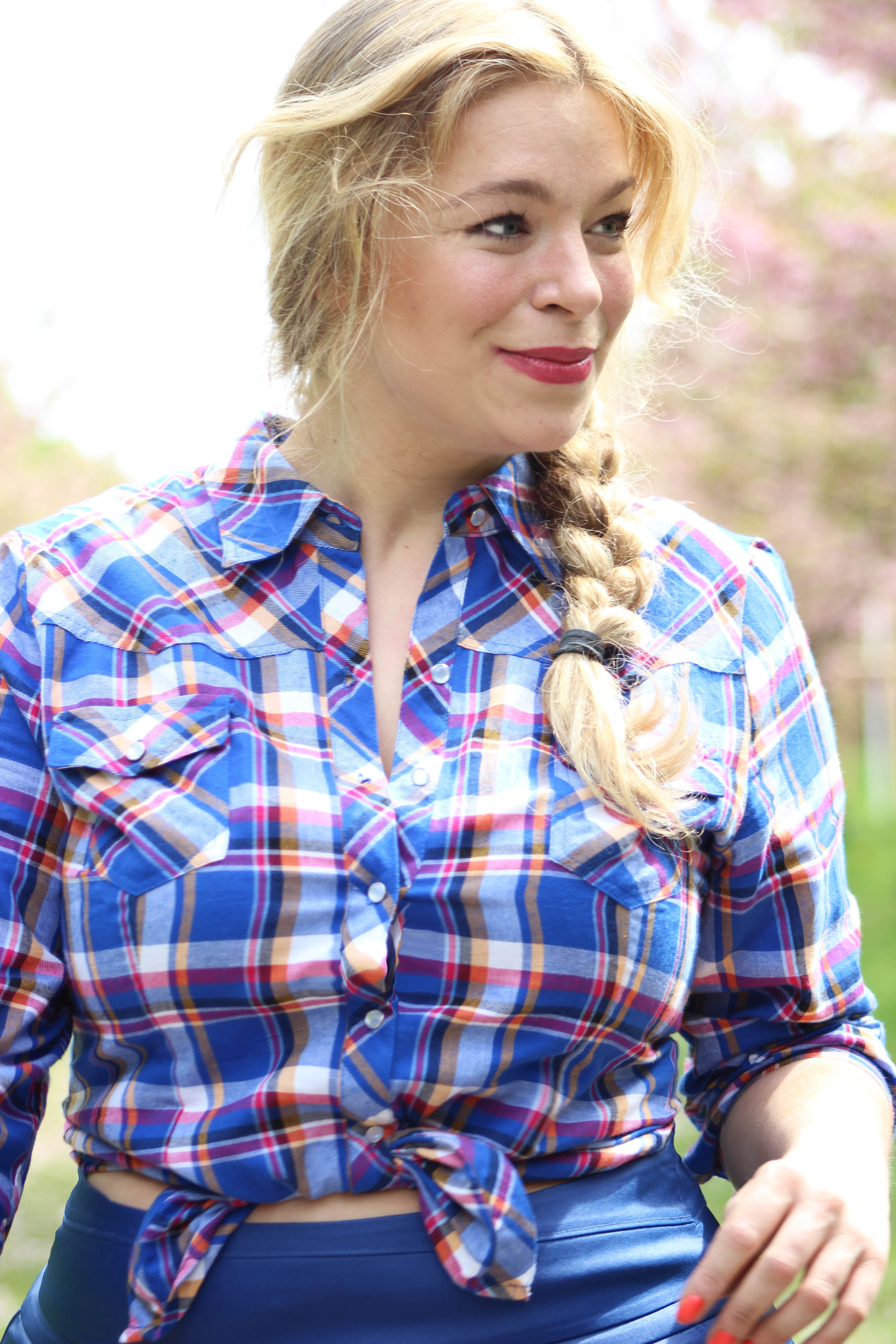 Courbesandco-Caterinapogorzelski-Megabambi-Plussizeblogger-curvyoutfit