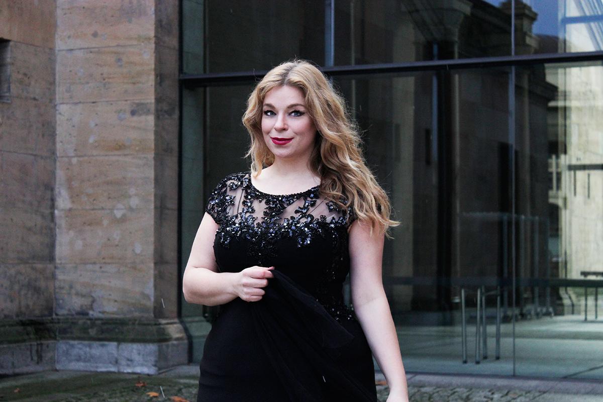 Megabambi-plus size-Dresscode-Bodenlang-Caterinapogorzelski