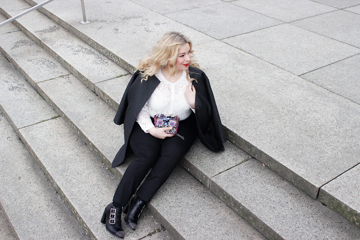 JunaroseStyleinsider-Megabambi-Neatto-Zizzi-Caterinapogorzelski-PlussizeBlogger