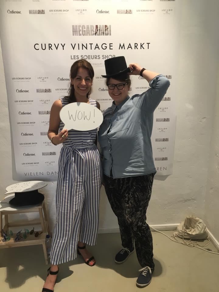 Megabambi Curvy Vintage Markt im Les soeurs Shop
