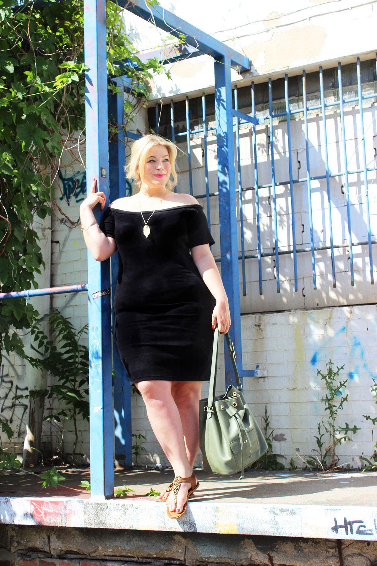 Schwarzes Kleid Plus Size Megabambi Junarose Caterina Pogorzelski