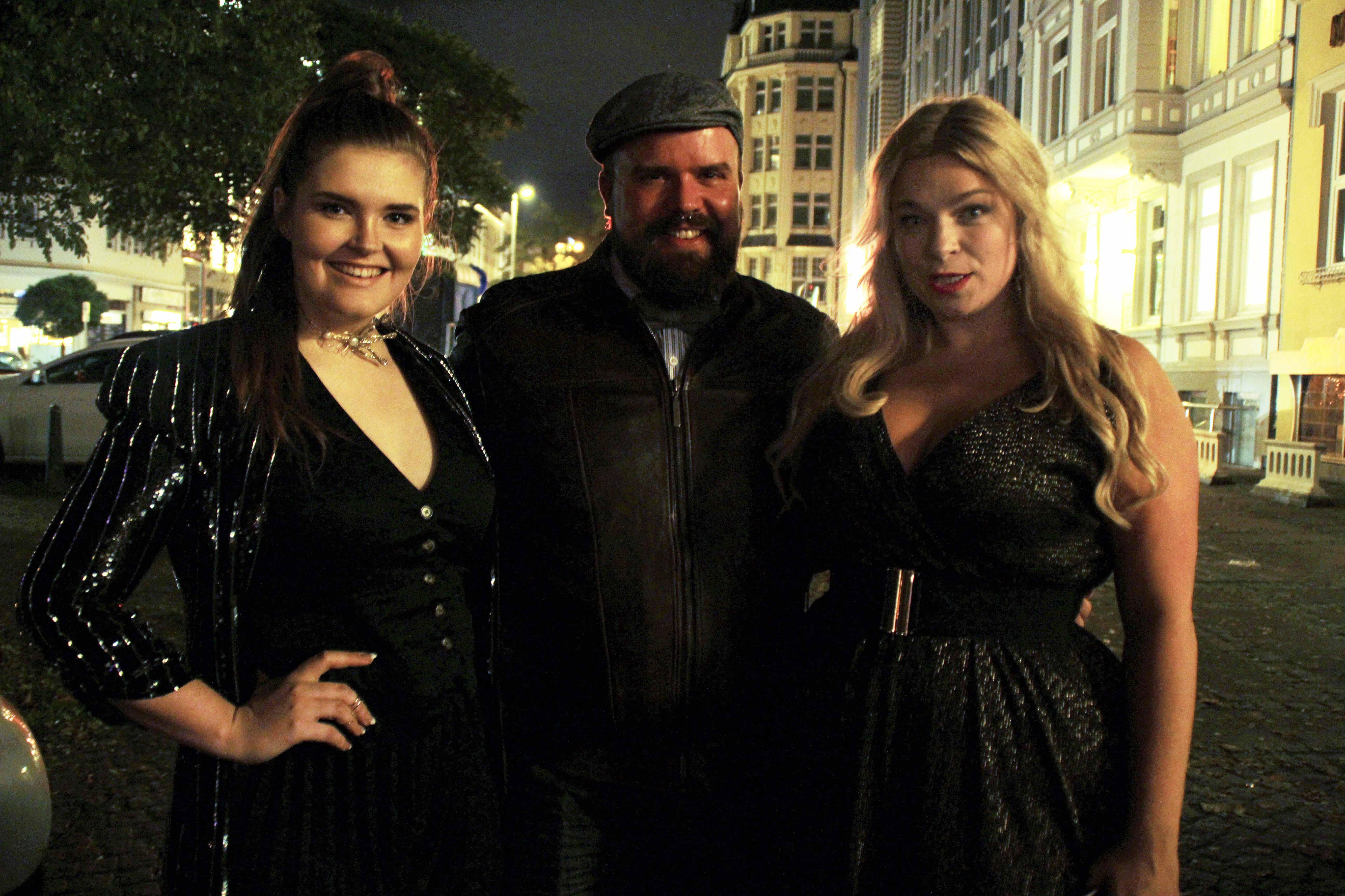 PLussize-Partyoutfit-Megabambi-Caterina-pogorzelski-Plussizeblogger