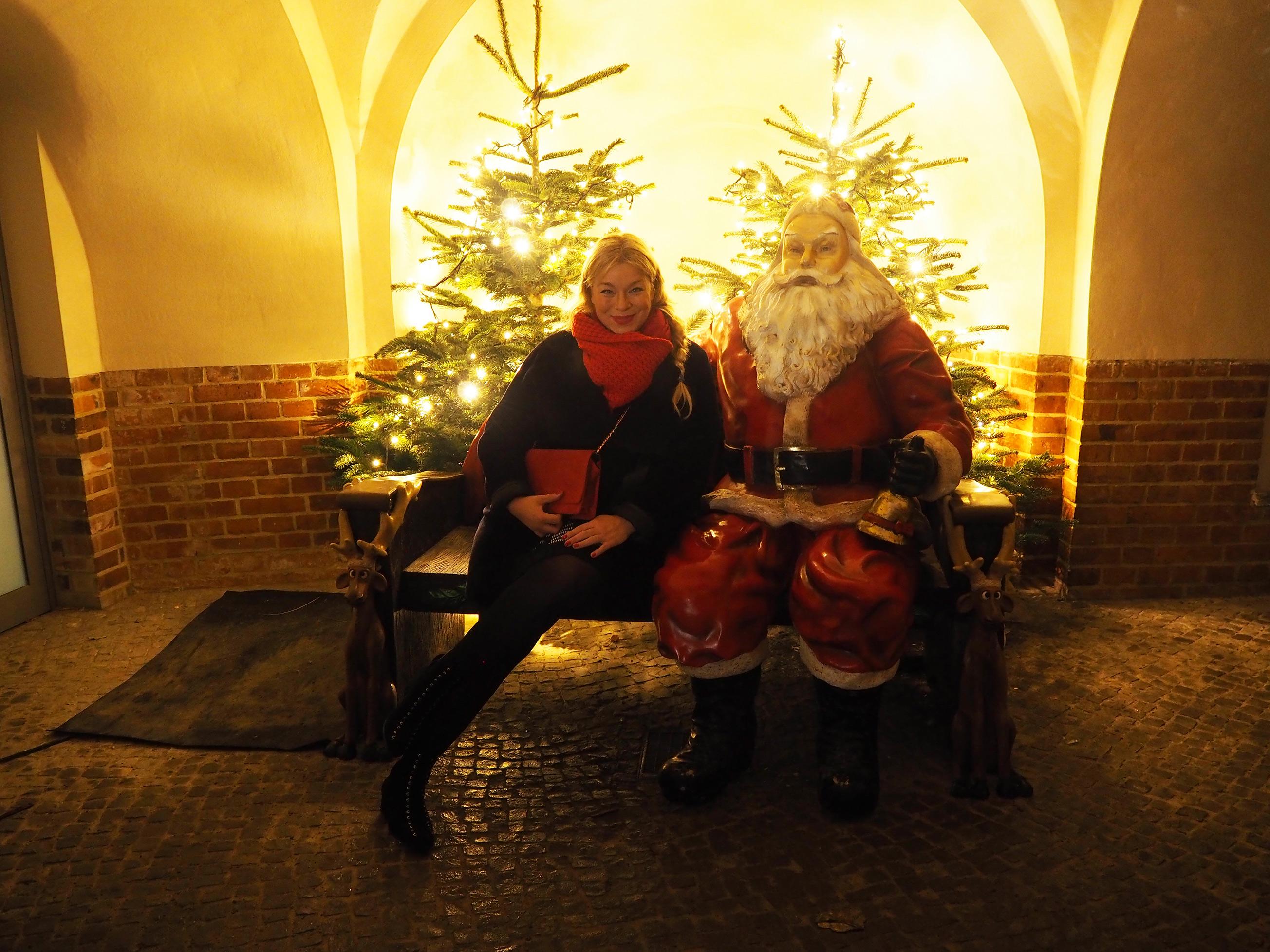 christmasgarden-megabambi-caterina-pogorzelski-plussizeblogger-Berlin-Blog