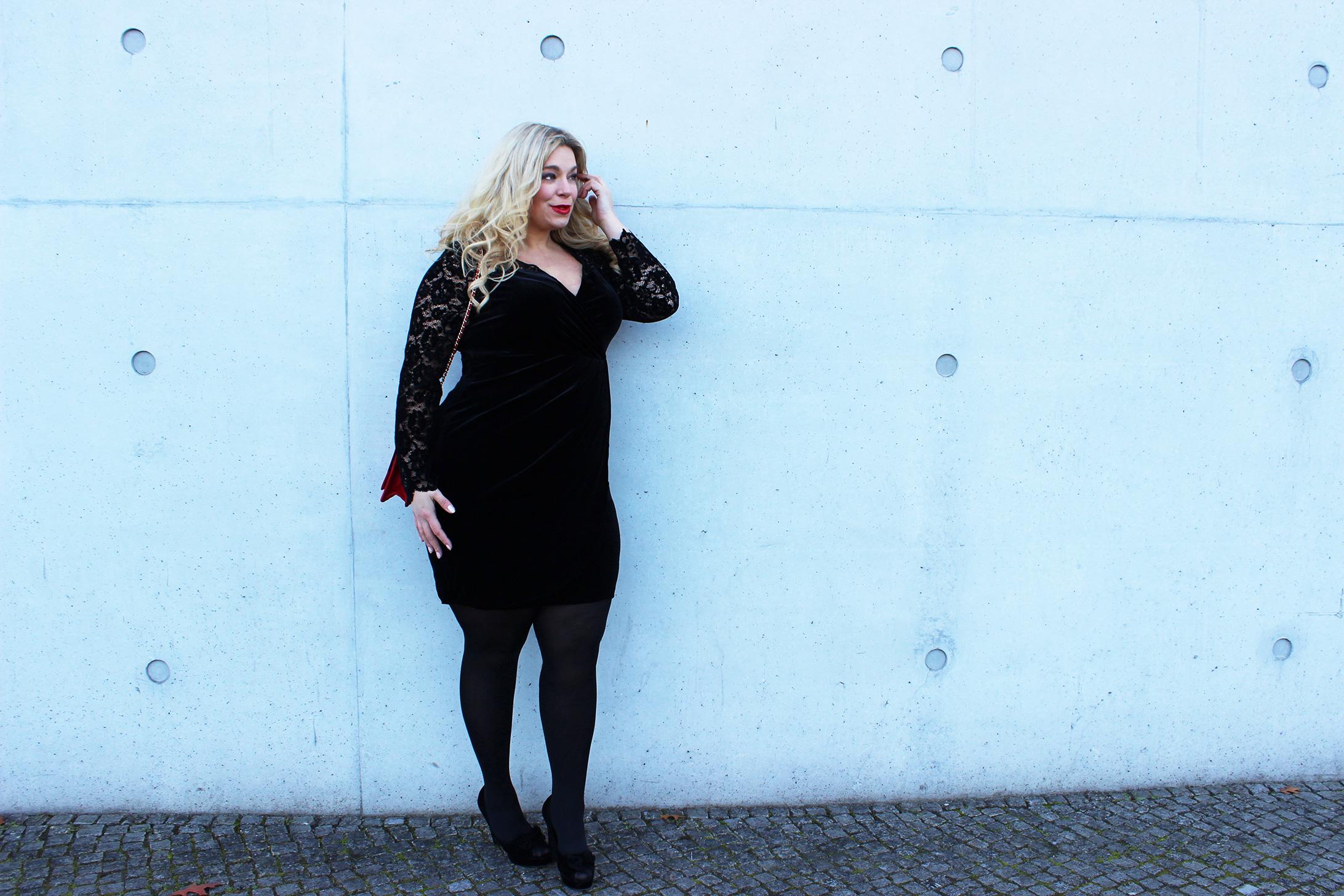 Anna-Scholz-Sheego-Megabambi-caterina-pogorzelski-plussizeblogger-samtkleid