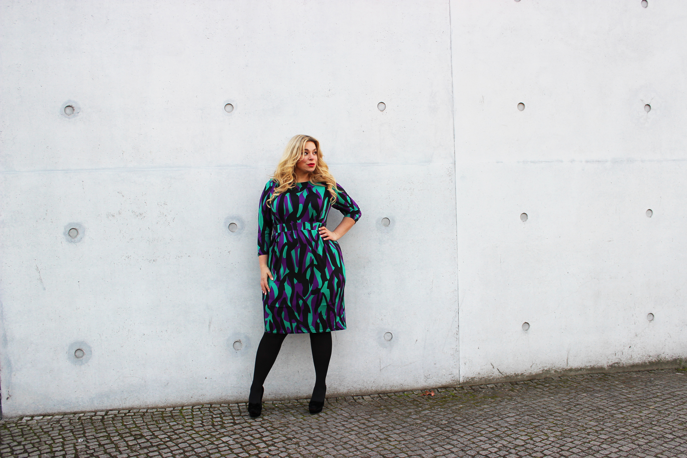 sheego-megabambi-caterina-Plussizeblogger-Anna-Scholz-curvylook-Pogorzelski