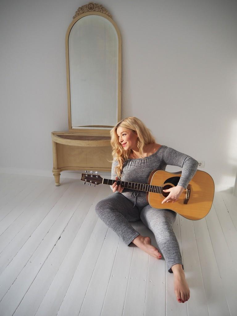 Caterina-Megabambi-Curvy-Blogger-Plussize-Musik