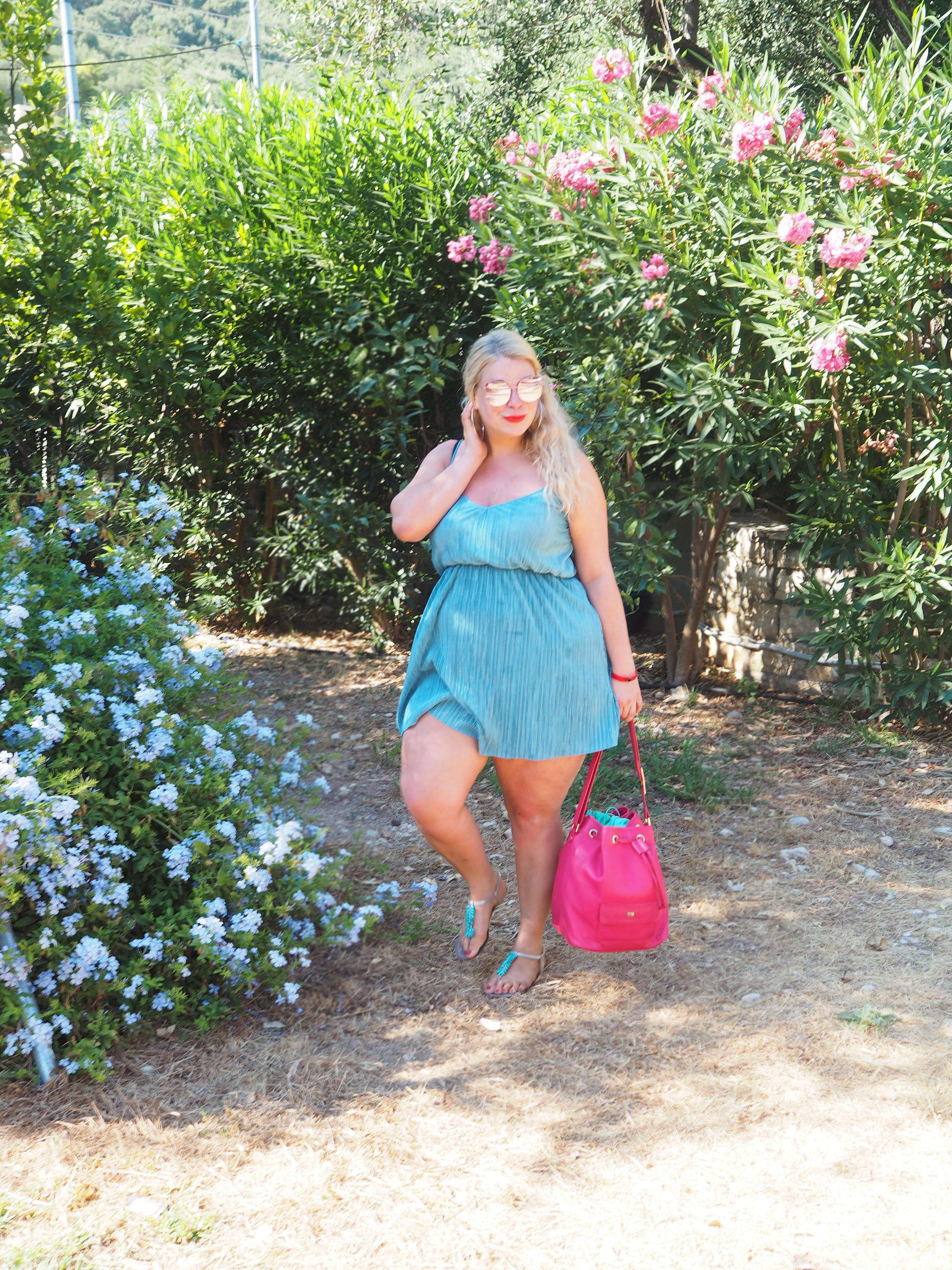 Caterina-pogorzelski-Plussize-blogger-outift-german