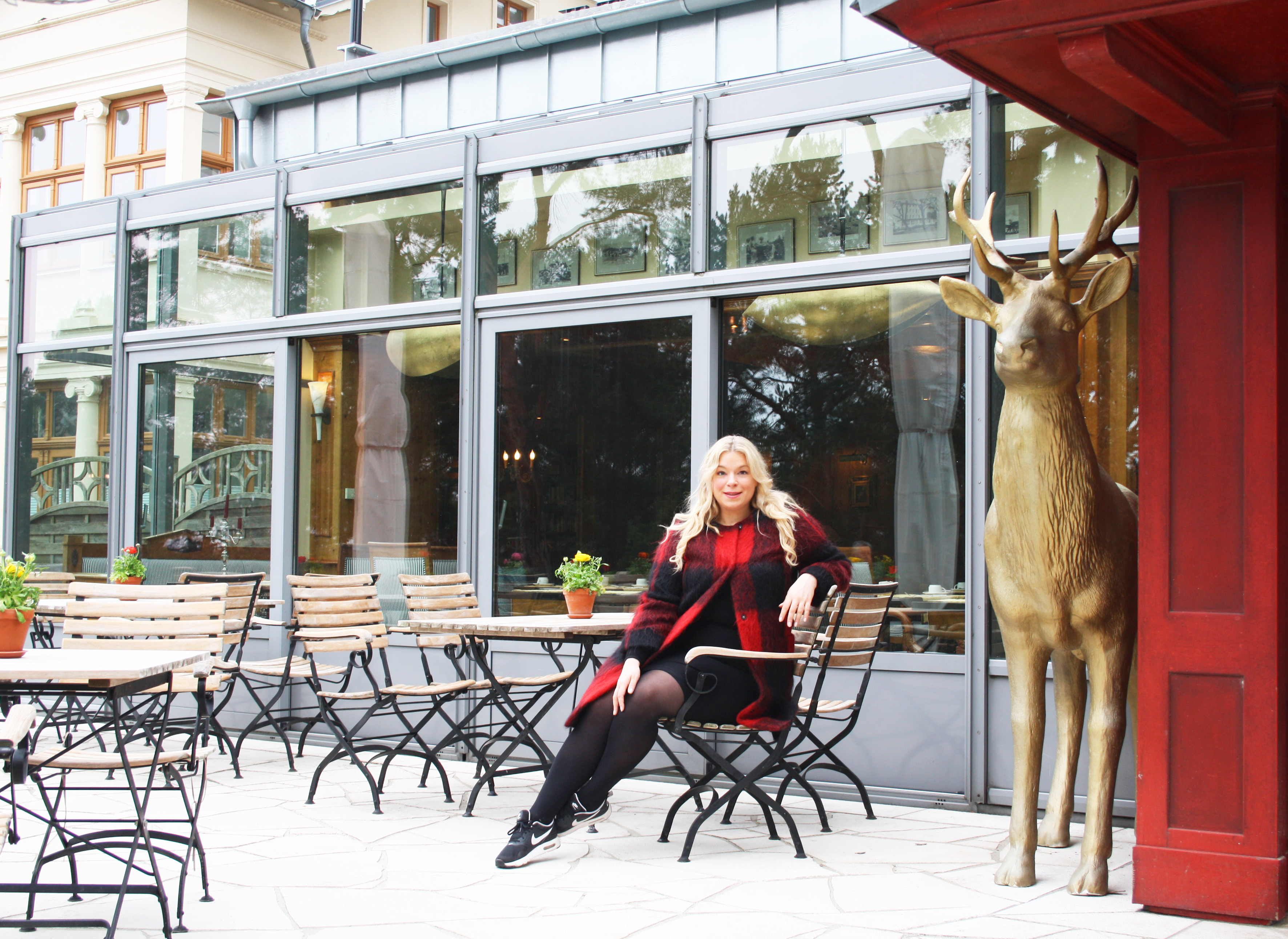 Caterina-pogorzelski-navabi-Strandhotel-Heringsdorf-Megabambi-Blog