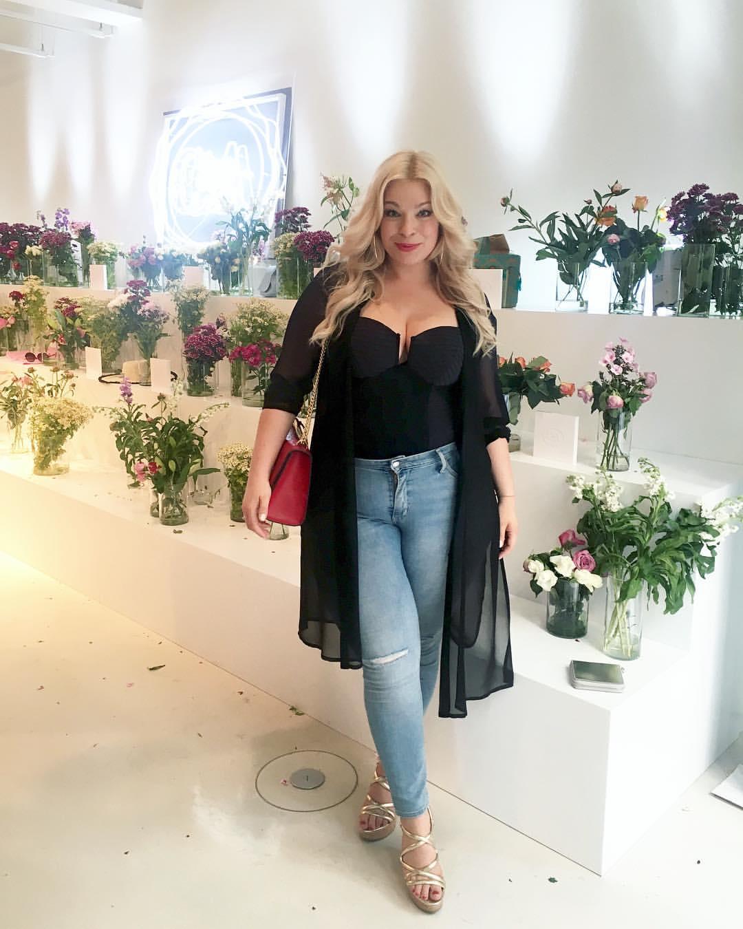 Caterina-pogorzelski-Megabambi-plussize-curvy-Fashionweek-Berlin