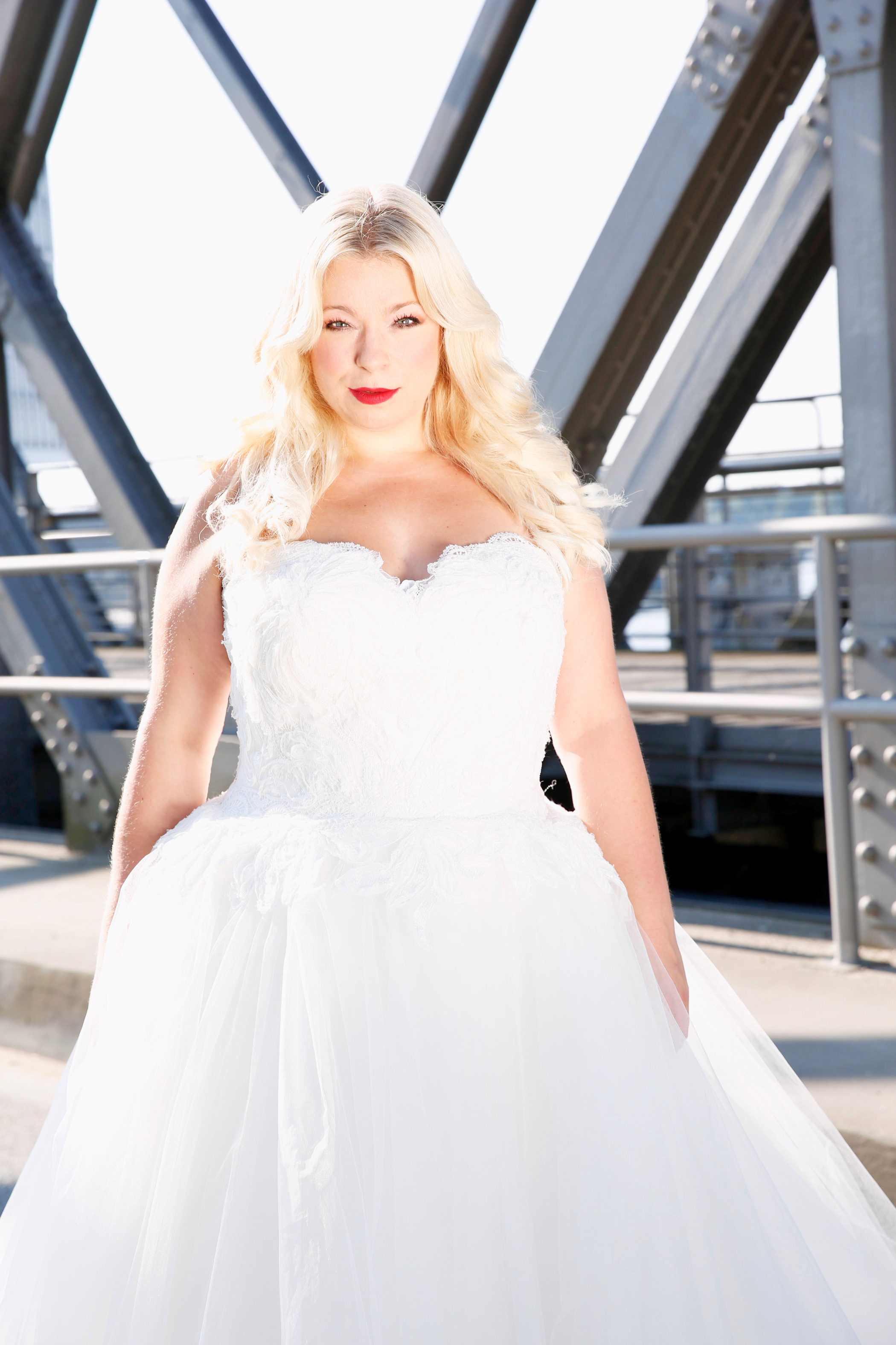 Caterina-pogorzelski-Megabambi-PLussizemodel-Bloggerin-Berlin-braut-plus-size-curvybraut